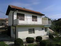 Продавам обзаведена вила с морска панорама на 5 км от центъра на Варна