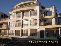 луксозни апартаменти до ключ  в Сарафово