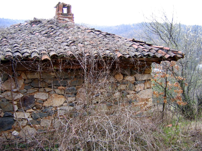 House in Muhovo, in the mountain, Rural