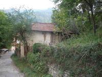 c. Шипково-обл. Ловеч- Троянски балкан-Къща – нова , на груб строеж с покрив-