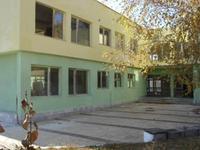 Обл.Перник-гр.Радомир-Продавам производствена сграда-БИВША детска градина- РЗП-1480 кв.м./285евро/кв.м/,в УПИ-6100кв.м/30евро/кв.м/-Тухла/ 2 етажа/,
