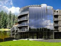 Комплекс КИПРИАНА –   басейн, SPA. Апартаменти от 35-100 м2. Цени от 750евро м2  Краен срок за завършване  10. 2009 г.