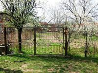 Парцел намиращ се в регулацията на с.Ресилово,Община  Сапарева баня.