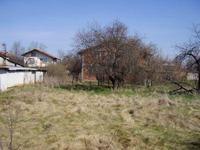 Дворно място за къща на 45км. от София