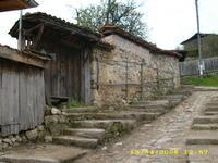 продавам стара,автентична,възрожденска къща в Копривщица