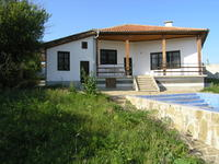 A brand new building, fully furnished, 8 km to the town of Byala