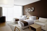Напълно обзаведени и оборудвани жилища за продажба в Апартхотел Лъки Банско.
