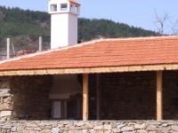 Нова къща на 80 км от София,копривщенски стил.