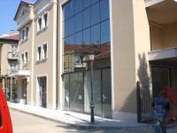Продавам магазини в Плевен идеален център