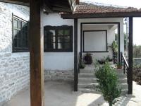 продава обновена къща в с.Хаджи Димитър, до Каварна