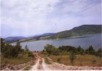 земя на брега на язовир Цонево