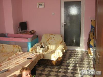 тристаен  в  Бургас