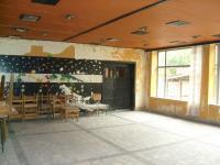 Продава ресторант в село Горен Чифлик, на 15 км от Шкорпиловци и 40 км от Варна.