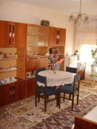 Продавам тристаен апартамент в гр. Добрич - жк. Балик