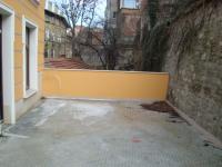 Продавам нова къща с уникална архитектура в идеалния център на град Пловдив