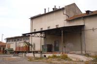 ПРОДАВА ФУРАЖЕН ЗАВОД гара Черноград, община Айтос,област БУРГАС