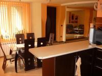 Продавам къща с.Тополи,на 4 км от Варна