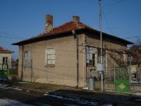 Къща в центъра на с.Мировяне