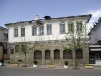 къща  в  Елена