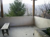 Монолитна къща  в с.Бабек на 40 км. от гр. Пловдив.