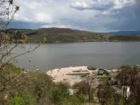 Продава парцел 2000 кв.м. УПИ, ток, вода, път на 150 м. от язовир Пчелина - Ковачевци