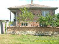 продавам нова къща,с бетонни плочи в с.Старосел,общ.хисаря,обл.Пловдивска