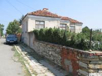 Къща в село Подвис