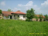 продавам стара къща в с.Кръстевич,общ.Хисаря,обл.Пловдивска