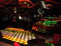 Voll ausgestattete Diskothek / Nachtclub / Varieté