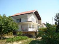 Самостоятелна къща под наем м-ст Евксиноград