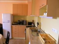 Давам под наем двустаен апартамент в центъра на Варна