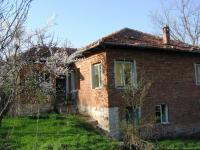Продавам къща в с.Карандили, община Елена