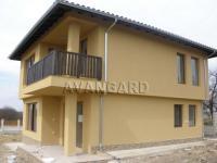 Продавам нова къща до гр.Варна