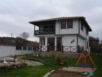 Продавам къща- ново строителство на 20 км. от морето.