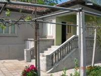 Продавам къща на 9 км от морето до Каварна