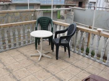 Продавам  къща в Стара Загора или заменям  за голям панелен / тухлен апартамент в Стара Загора.