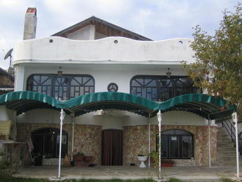 Собственик продава фамилен хотел м-т Журналист(Варна)