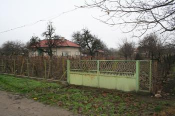 Продава се къща в с.Попина близо до р.Дунав