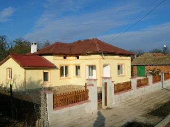 Nice renovated property in picturesque village of Dabovik Dobrich/Varna/Balchik