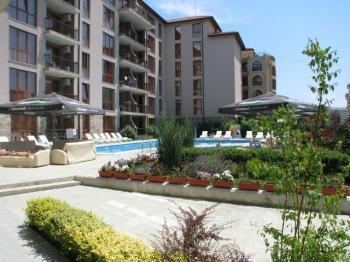 1-стаен апартамент на атрактивна цена във ваканционен комплекс с басейн!