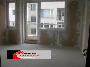 ПРОДАВА 2-СТАЕН ЛАГЕРА НОВ С АКТ-16 НЕПРЕХОДЕН 73700Е