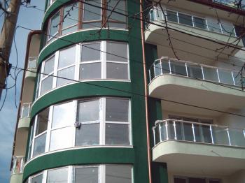 Апартамент до парка Гео Милев ул. Зора 1