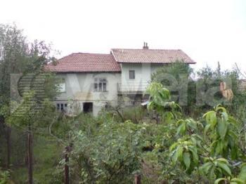 къща, Балван