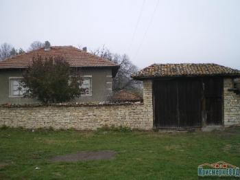 Къща, 80кв.м, Район: Бяла Къща в с.Дряновец
