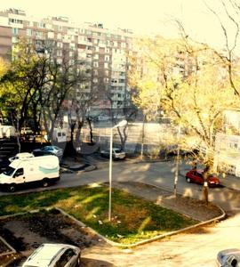 тристаен, Бургас