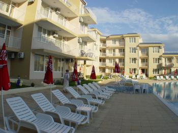 Bulgaria, Ravda, Aparthotel Rutland Bay. For rent Maisonette. Price 500 Euro for two weeks. For the full year 2500 Euro.