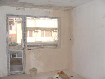 Тристаен апартамент в гр. Варна, Колхозен пазар.