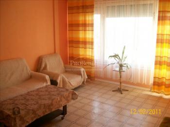 предлага жилище под наем с една спалня в кв. Трошево на Варна.