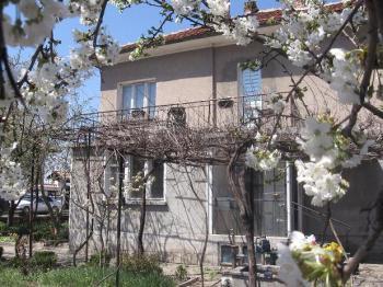 Къща Долни Богров