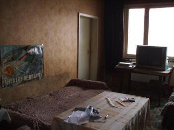 Давам под наем хол и стая в 3-стаен апартамент